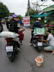 Khach hang tin tuong san phan phan trun que SFARM